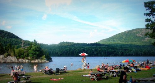 Lakes near northern Vermont; picnic spots Baldwine Milles, Quebec; Mont Pinnacle